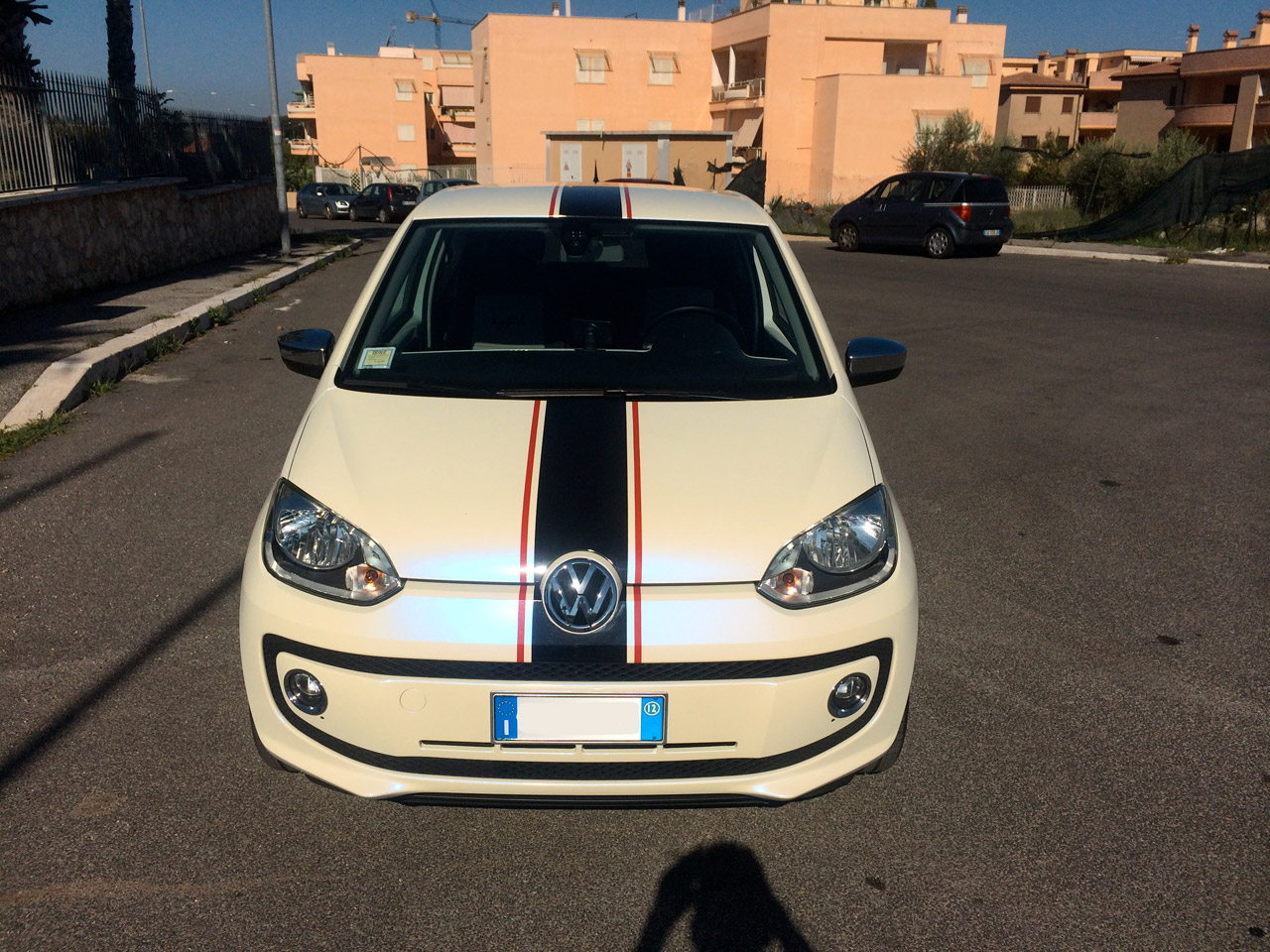 volkswagen-up-wrapping-bianco-perla-03