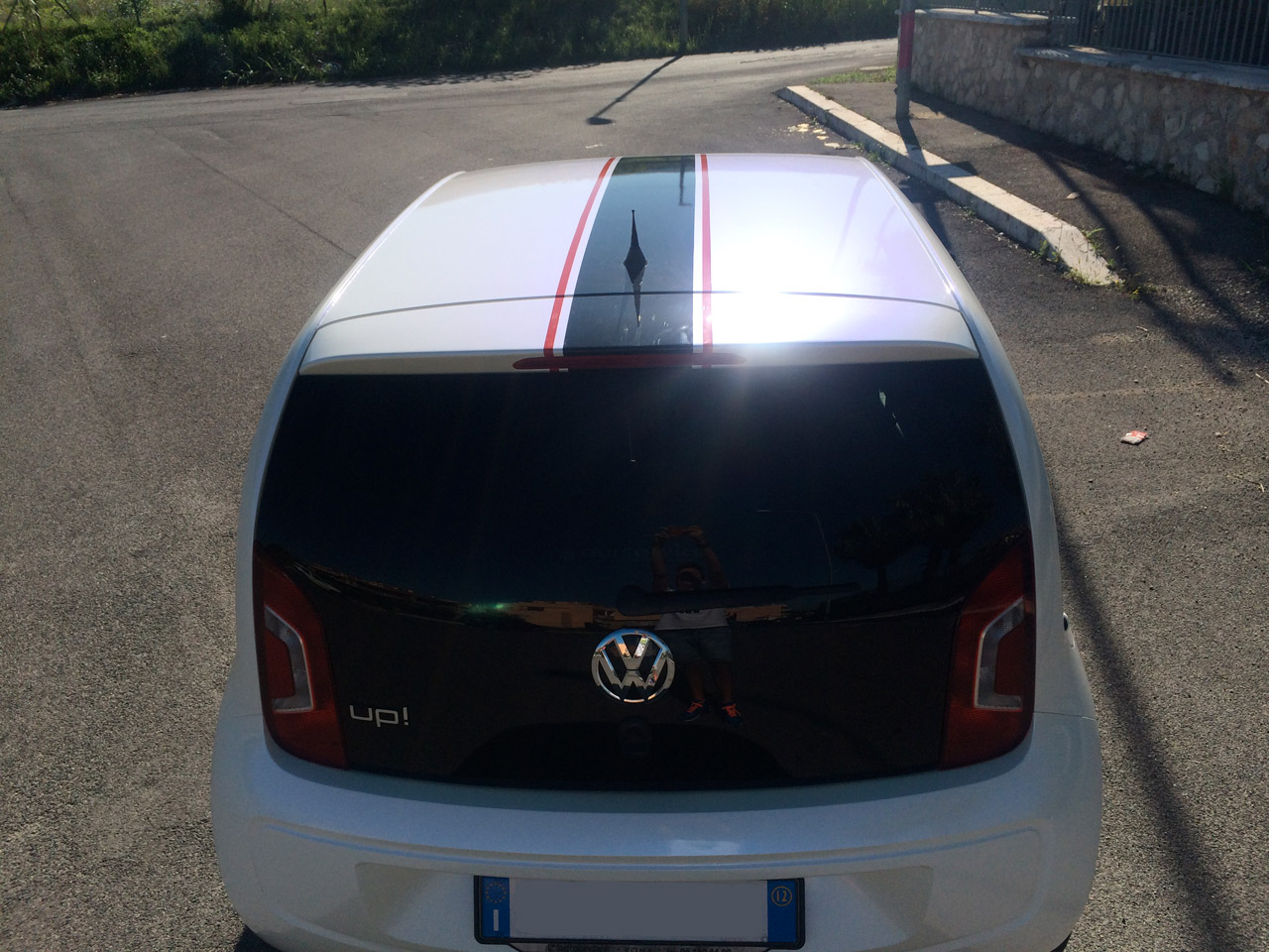 volkswagen-up-wrapping-bianco-perla-02
